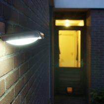 Уличный фонарь на солнечной энергии Xtorm Solar Sense Gardenlight